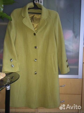 9364704bfb7 Объявление о продаже Осеннее пальто фирмы Кристи в Москве на Avito. Пальто  зелен
