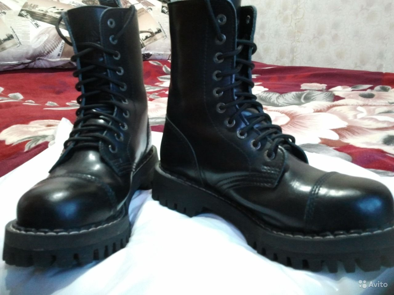 Черные туфли на толстом каблуке с ремешком