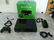 X-Box ONE 500Гб в упаковке + 3 отличных игры