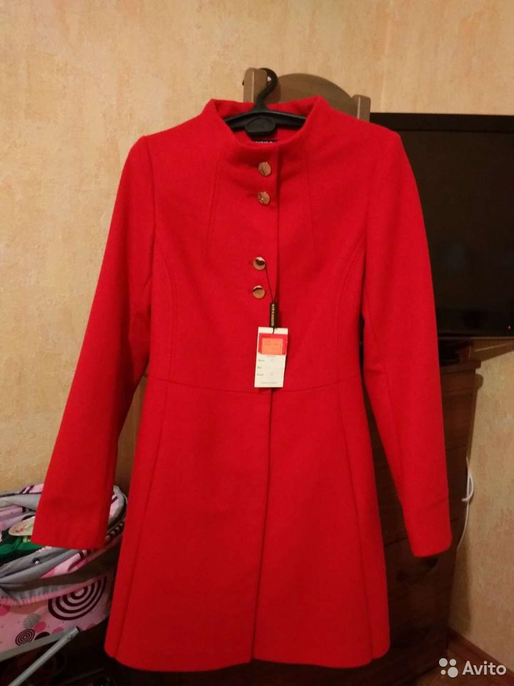 Пальто 42р  89048290644 купить 1