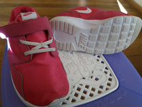 Оригинальные кроссовки Nike