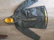 Осенняя куртка с капюшоном