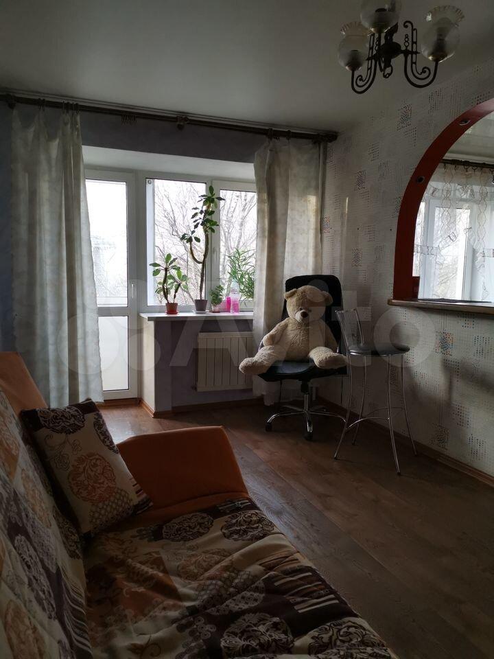 2-room apartment, 42 m2, 3/4 floor.  89612463011 buy 3