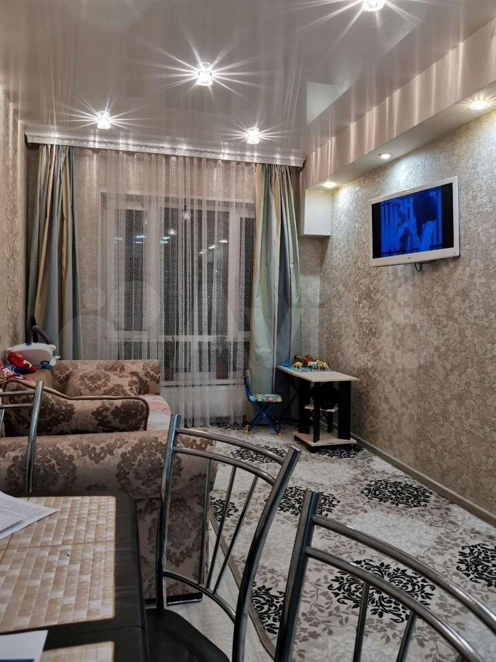 3-room apartment, 82 m2, 1/9 et.  89113592534 buy 2