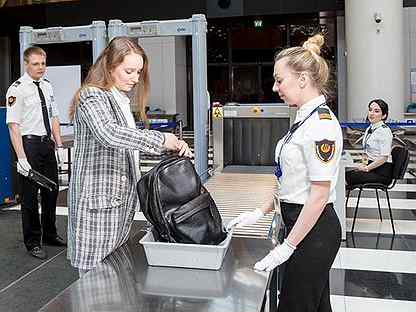 Работа в шереметьево аэропорт вакансии для девушек модели для выставки работа
