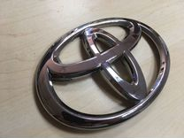 Значок багажника Toyota Land Cruiser 200 с15г