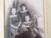 Старинная фотография в рамке