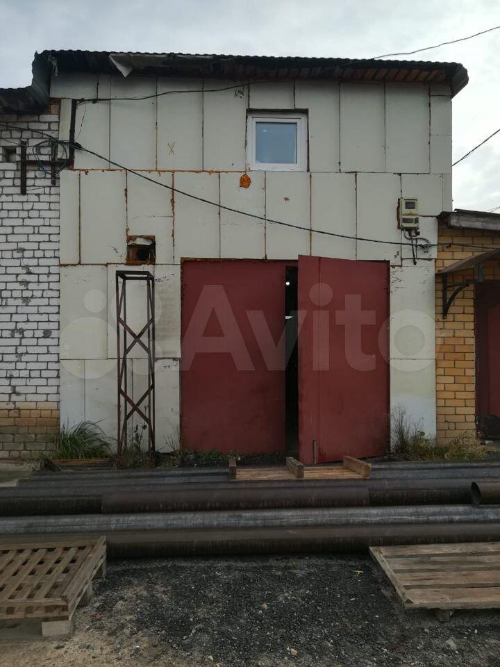 30 м² в Медведево> Гараж, > 30 м²  89278847571 купить 2